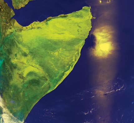 NOAA AVHRR HRPT false colour composite image showing the Horn of Africa with sun glint on a dust plume