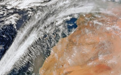 Suomi-NPP VIIRS 750m resolution true colour reprojected image showing north-western Africa